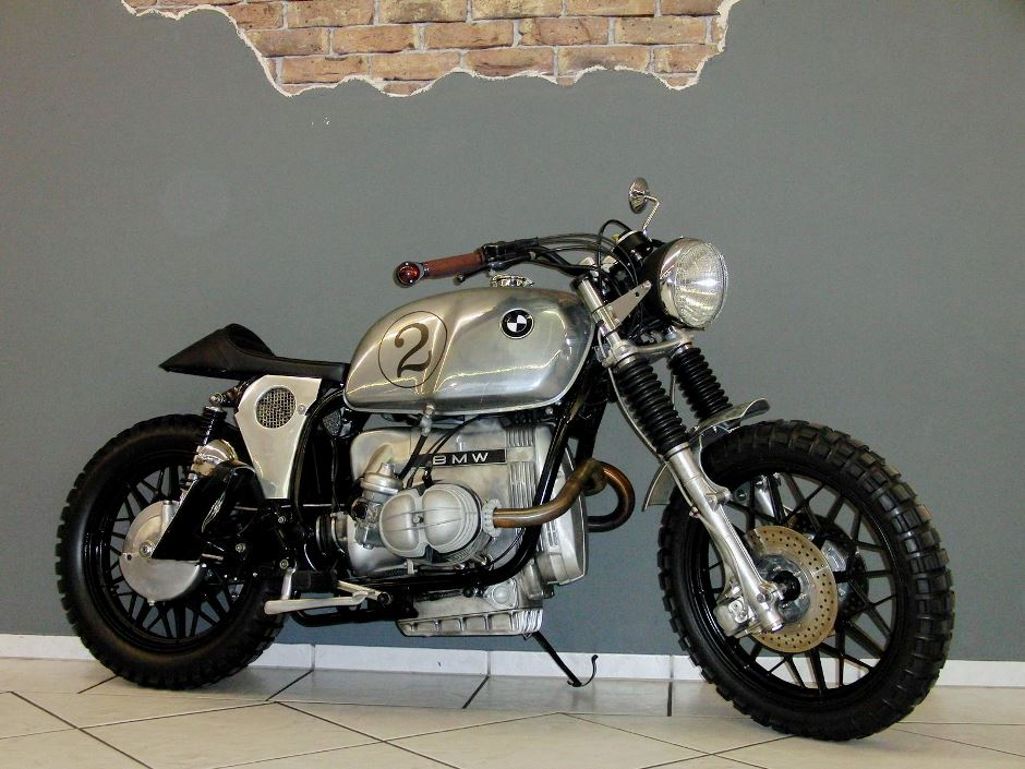 bmw r100 rt cafe racer im 1960er jahre scrambler style. Black Bedroom Furniture Sets. Home Design Ideas